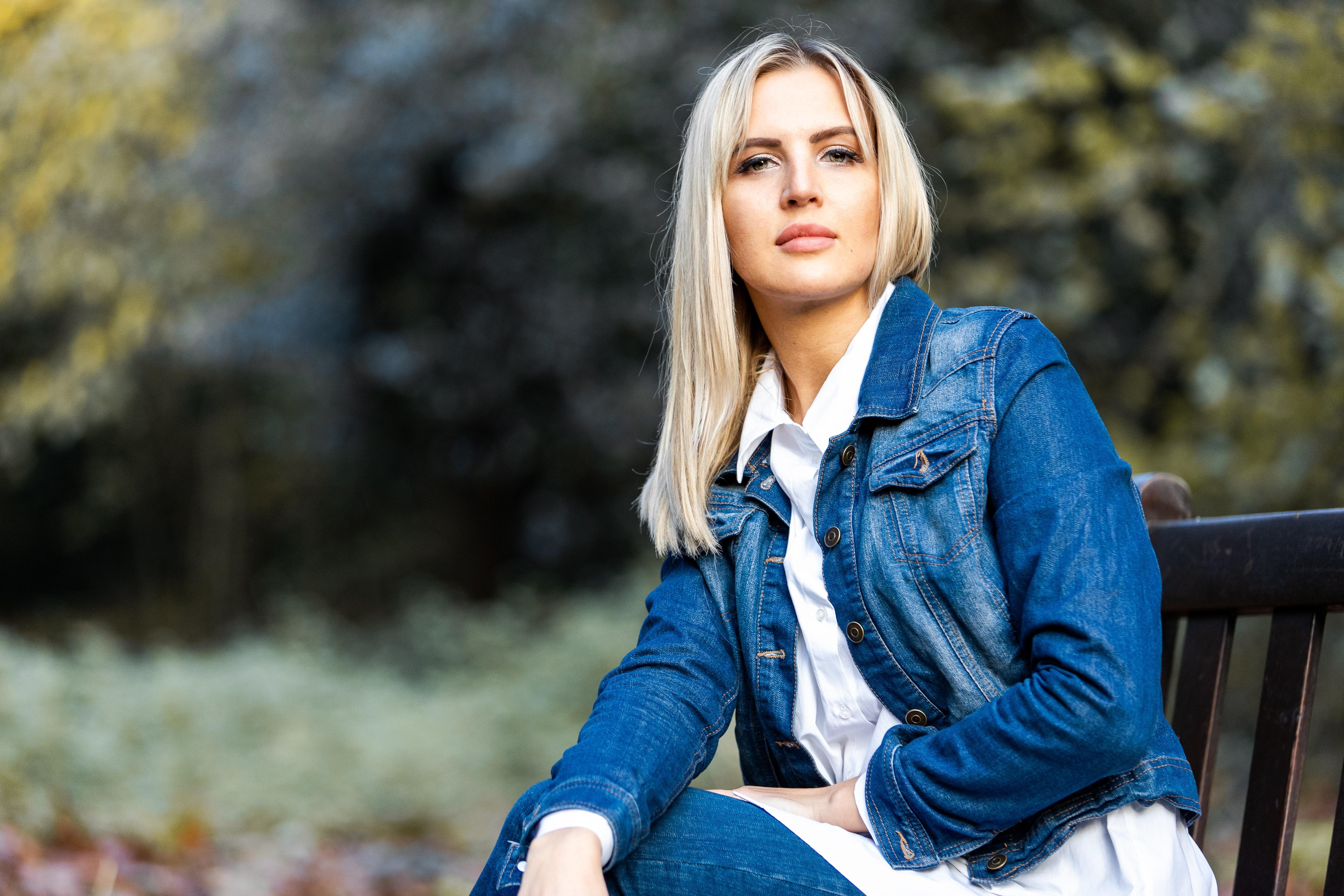 Sylvain Mallet - Femme confiante